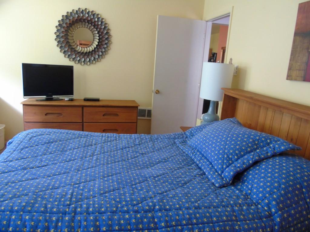 Two Bedroom Condo Unit 11 - Sierra Del Sol Condominiums   Taos Ski ...