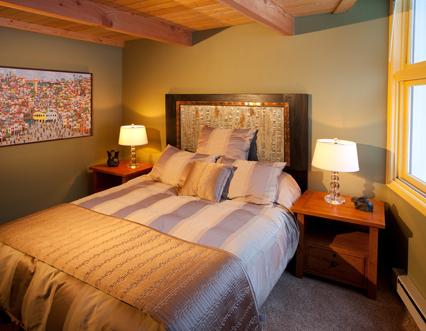 Condo-136-Master-Bedroom